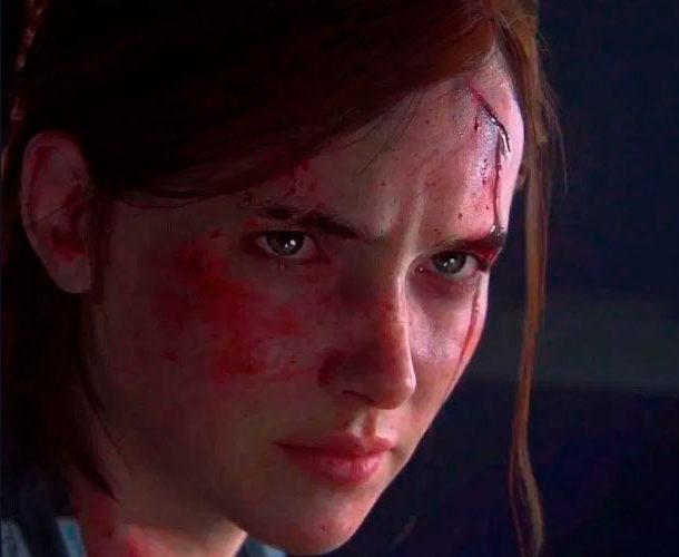 Imagem do rosto de Ellie. Seu rosto está machucado